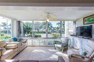 2100 Gulf Shore Blvd N 100, Naples, FL 34102