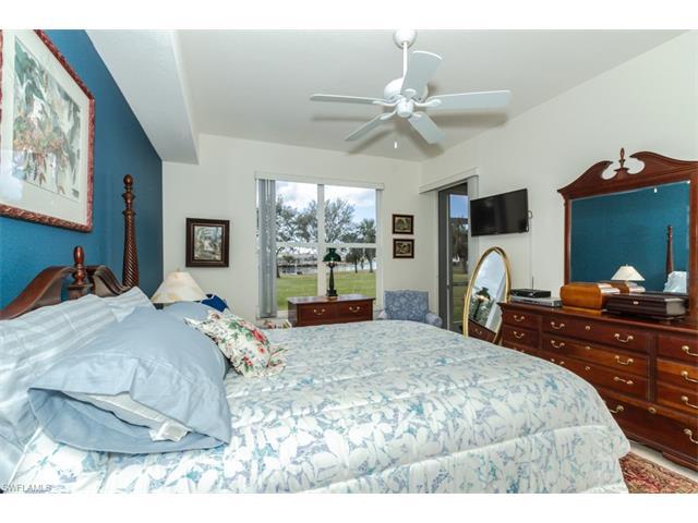 285 Cays Dr 2302, Naples, FL 34114