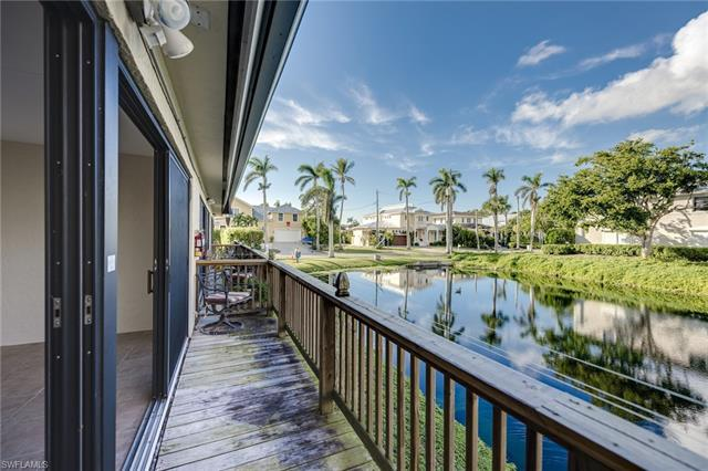 625 8th Ave S 625, Naples, FL 34102