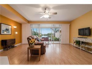 5501 Cove Cir, Naples, FL 34119