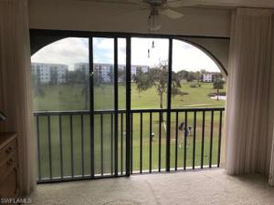 17 High Point Cir N 303, Naples, FL 34103