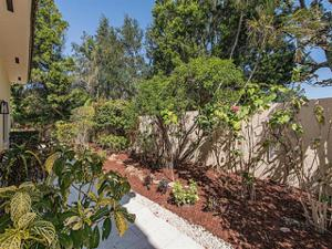 811 Sand Pointe Dr 4.6, Naples, FL 34108