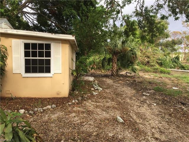 26801 Riverside Dr N, Bonita Springs, FL 34135