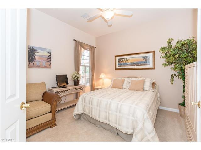 5930 Bermuda Ln, Naples, FL 34119