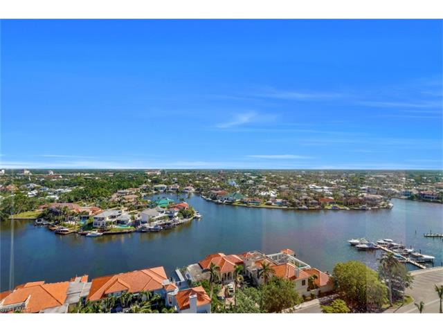 4751 Gulf Shore Blvd N 1802, Naples, FL 34103