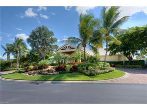 14867 Sterling Oaks Dr, Naples, FL 34110