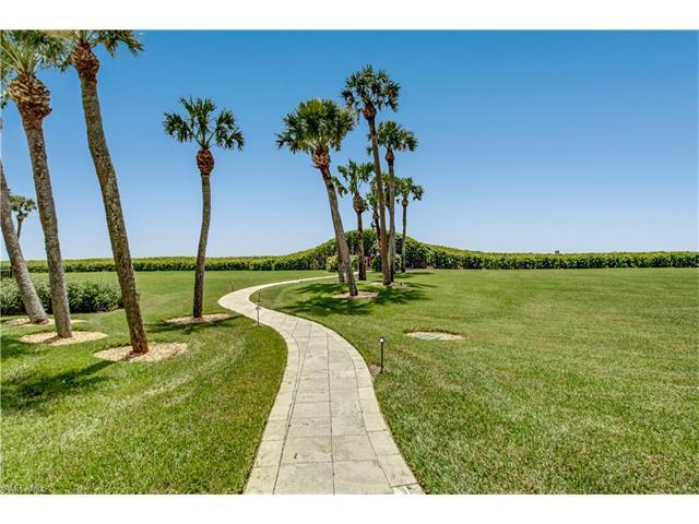 10851 Gulf Shore Dr 201, Naples, FL 34108