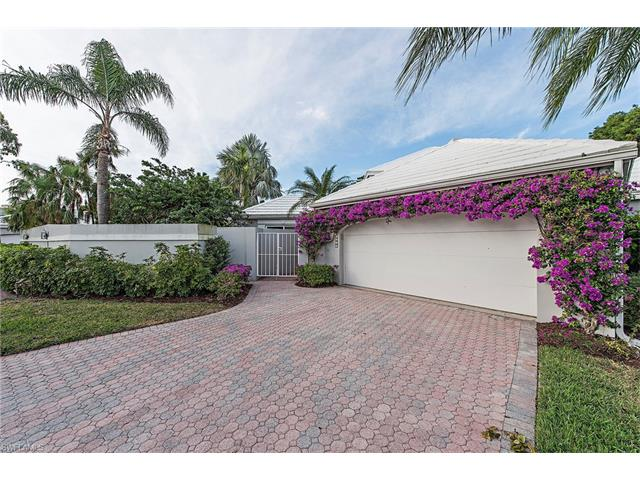 7073 Villa Lantana Way, Naples, FL 34108