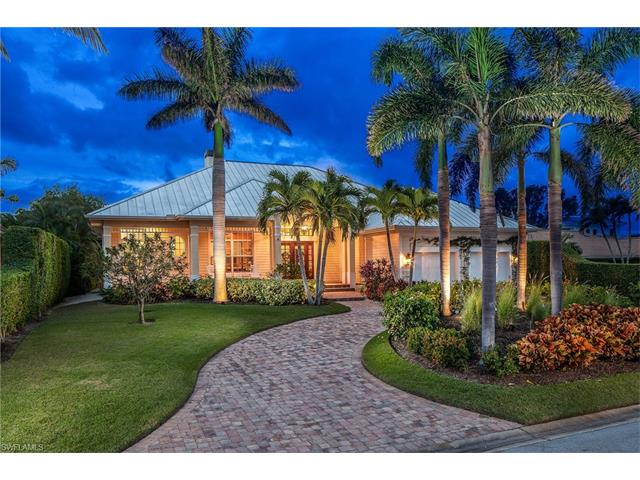 656 Fountainhead Way, Naples, FL 34103