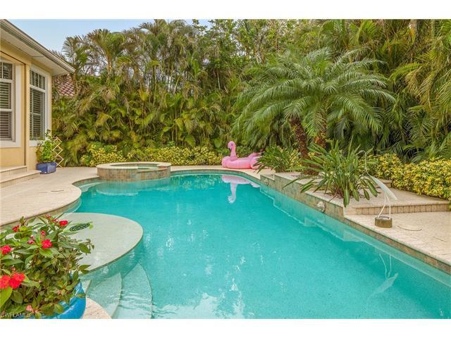 656 Fountainhead Way, Naples, FL 34103