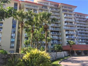 180 Seaview Ct 402, Marco Island, FL 34145