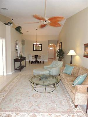 2155 Cay Lagoon Dr 423, Naples, FL 34109
