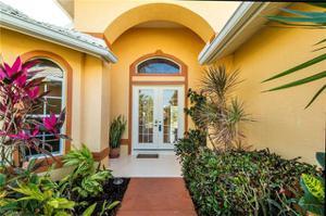 6980 Mauna Loa Ln, Naples, FL 34113