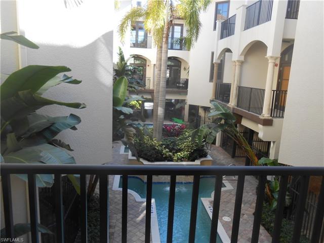 684 10th Ave S D-1, Naples, FL 34102