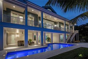 5110 Starfish Ave, Naples, FL 34103
