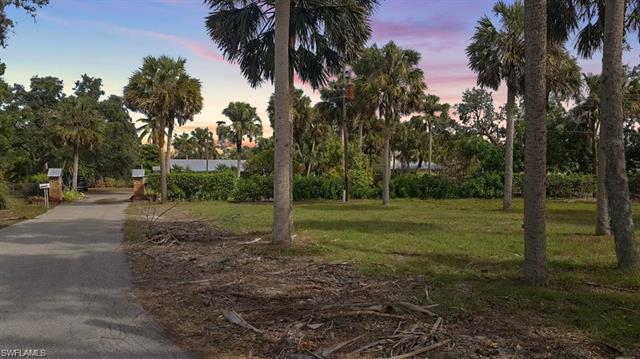 27591 Grove Rd, Bonita Springs, FL 34135
