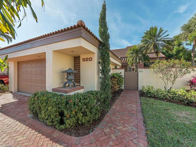 520 Bay Villas Ln, Naples, FL 34108