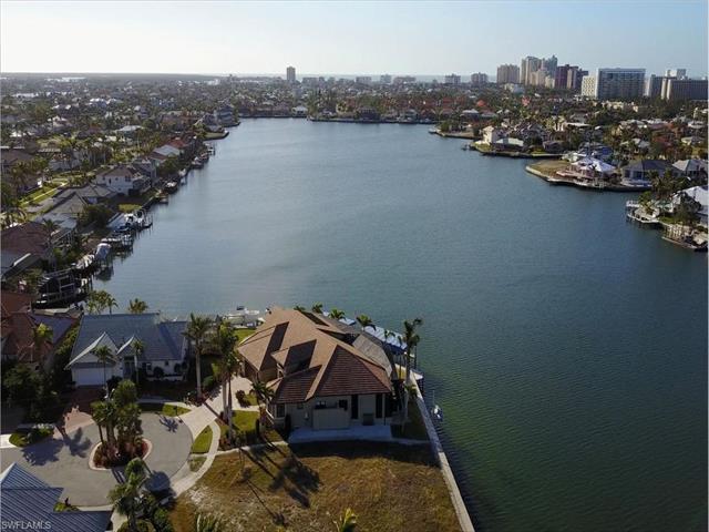 1051 Bond Ct, Marco Island, FL 34145