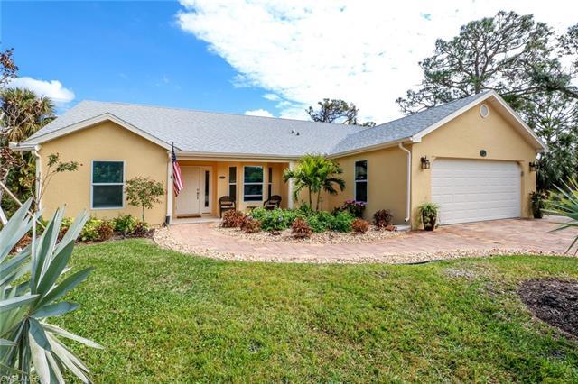 27391 Preservation St, Bonita Springs, FL 34135