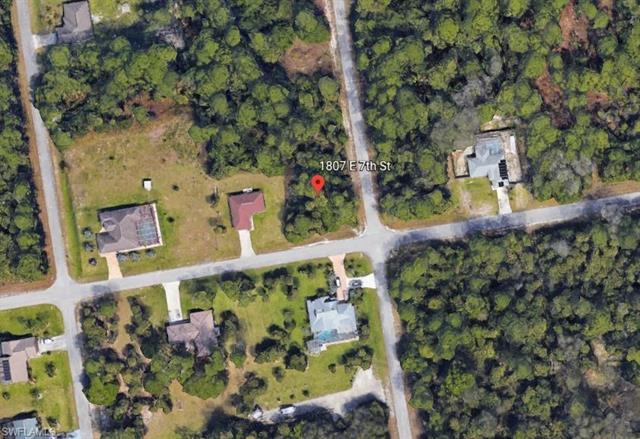 1807 7th St, Lehigh Acres, FL 33972
