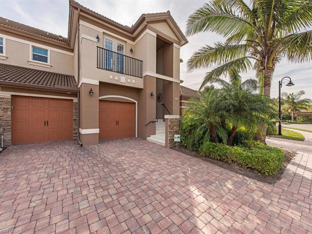 8070 Players Cove Dr 202, Naples, FL 34113