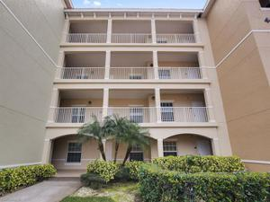4440 Botanical Place Cir 301, Naples, FL 34112