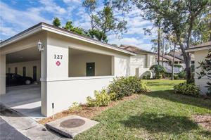 205 Courtside Dr B-201, Naples, FL 34105