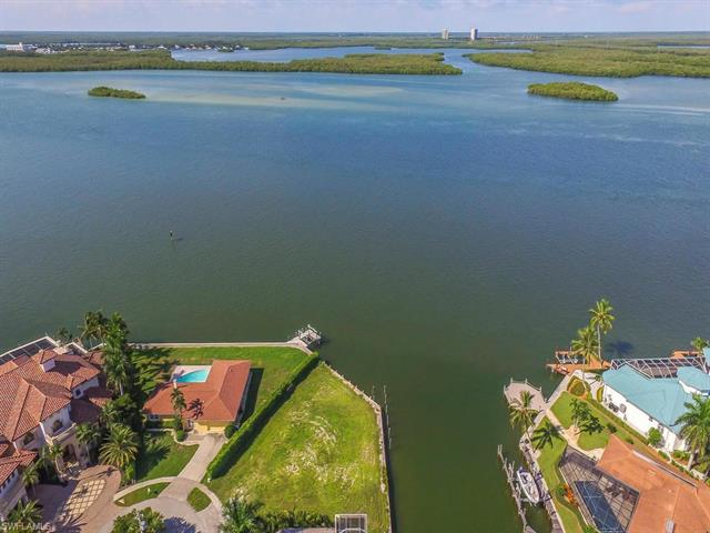 1295 Orange Ct, Marco Island, FL 34145