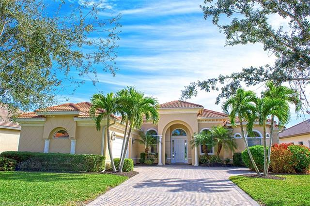 386 Saddlebrook Ln, Naples, FL 34110