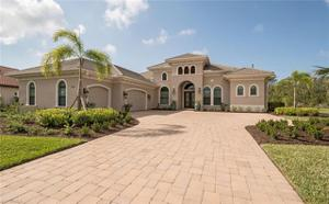 9647 Lipari Ct, Naples, FL 34113
