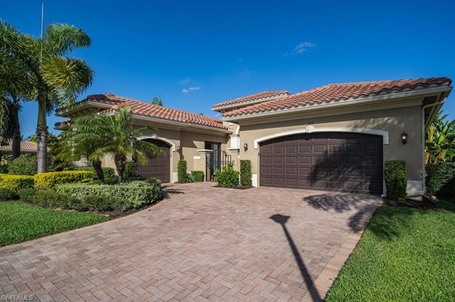 3939 Torrens Ct, Naples, FL 34119