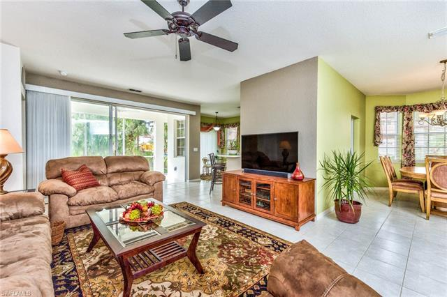 2515 Talon Ct 4-402, Naples, FL 34105