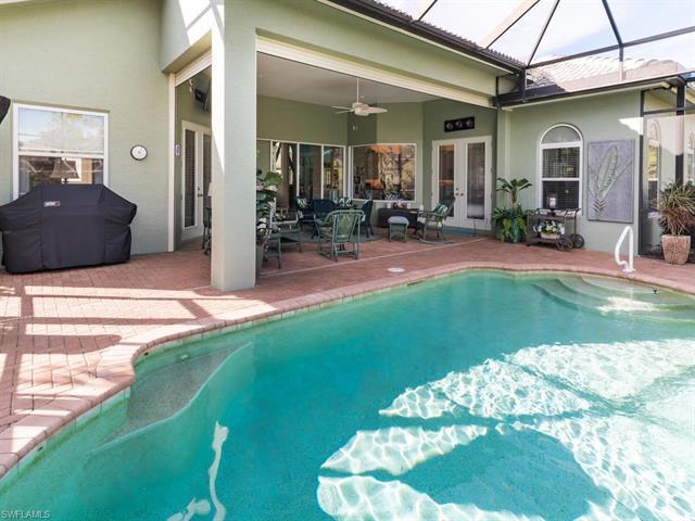 491 Saddlebrook Ln, Naples, FL 34110