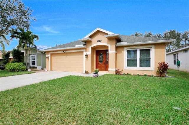 15044 Savannah Dr, Naples, FL 34119
