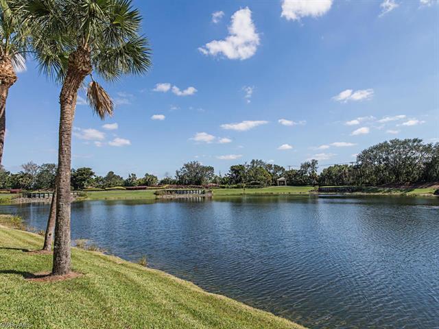 1585 Winding Oaks Way 101, Naples, FL 34109