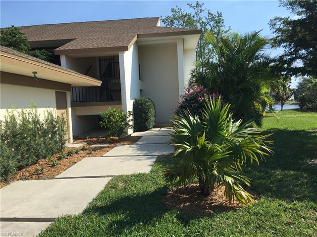 576 Retreat Dr 4-103, Naples, FL 34110