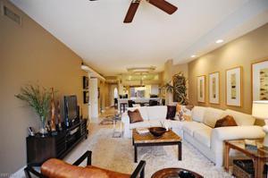2790 Kings Lake Blvd 102, Naples, FL 34112