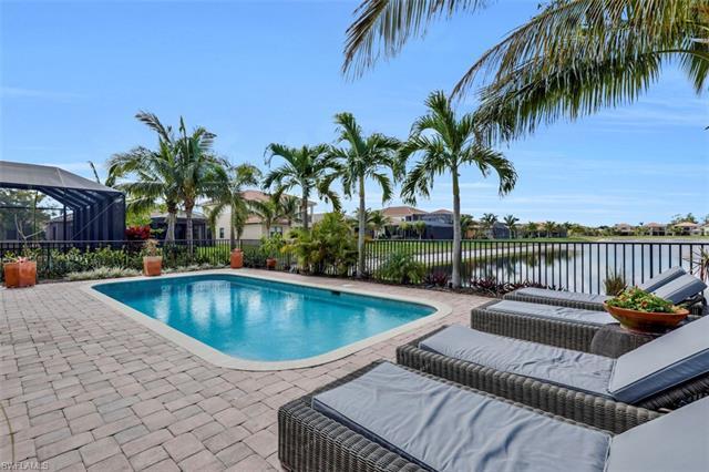 3165 Saginaw Bay Dr, Naples, FL 34119