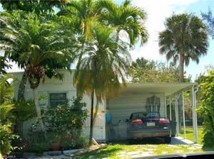 793 Walkerbilt Rd A11, Naples, FL 34110