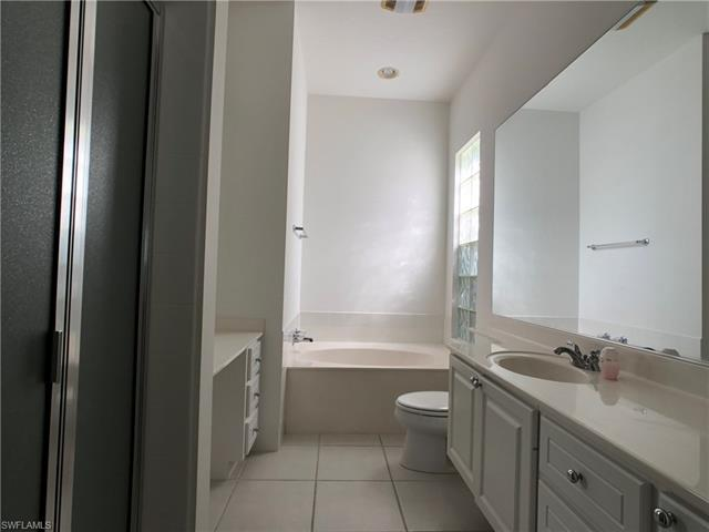 14720 Donatello Ct, Bonita Springs, FL 34135