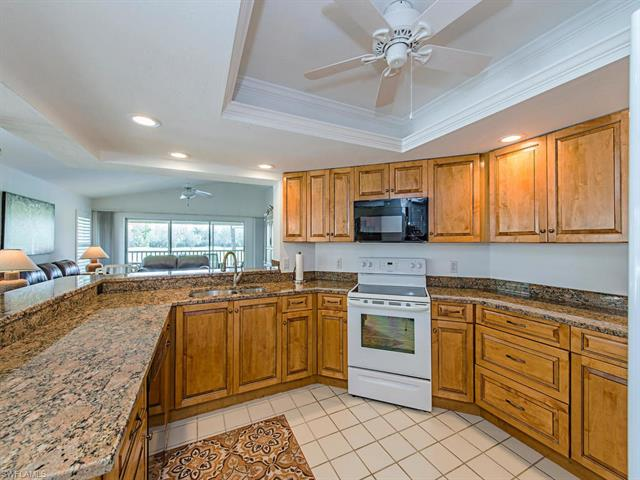 6280 Bellerive Ave 2-208, Naples, FL 34119