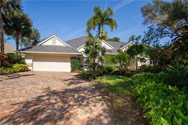 709 Pineside Ln, Naples, FL 34108