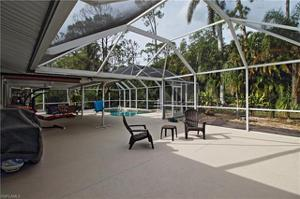 615 Lakeland Ave, Naples, FL 34110