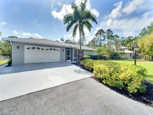 6470 Bottlebrush Ln, Naples, FL 34109