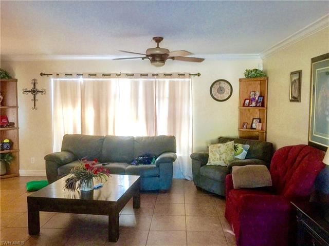 612 Nassau St, Immokalee, FL 34142