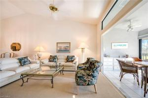 510 Veranda Way D206, Naples, FL 34104