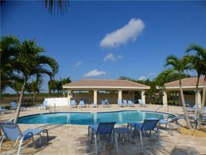 12567 Laurel Cove Dr, Fort Myers, FL 33913