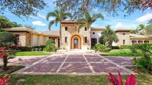 4467 Wayside Dr, Naples, FL 34119