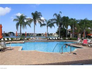6260 Huntington Lakes Cir 202, Naples, FL 34119