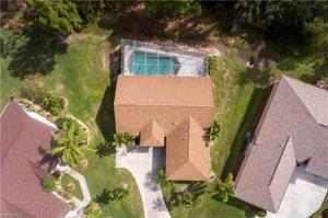 293 Willoughby Dr, Naples, FL 34110